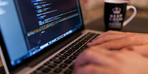 5 Essential tips for becoming a Web Developer